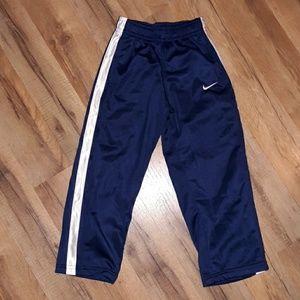 Nike 4t pants nwot
